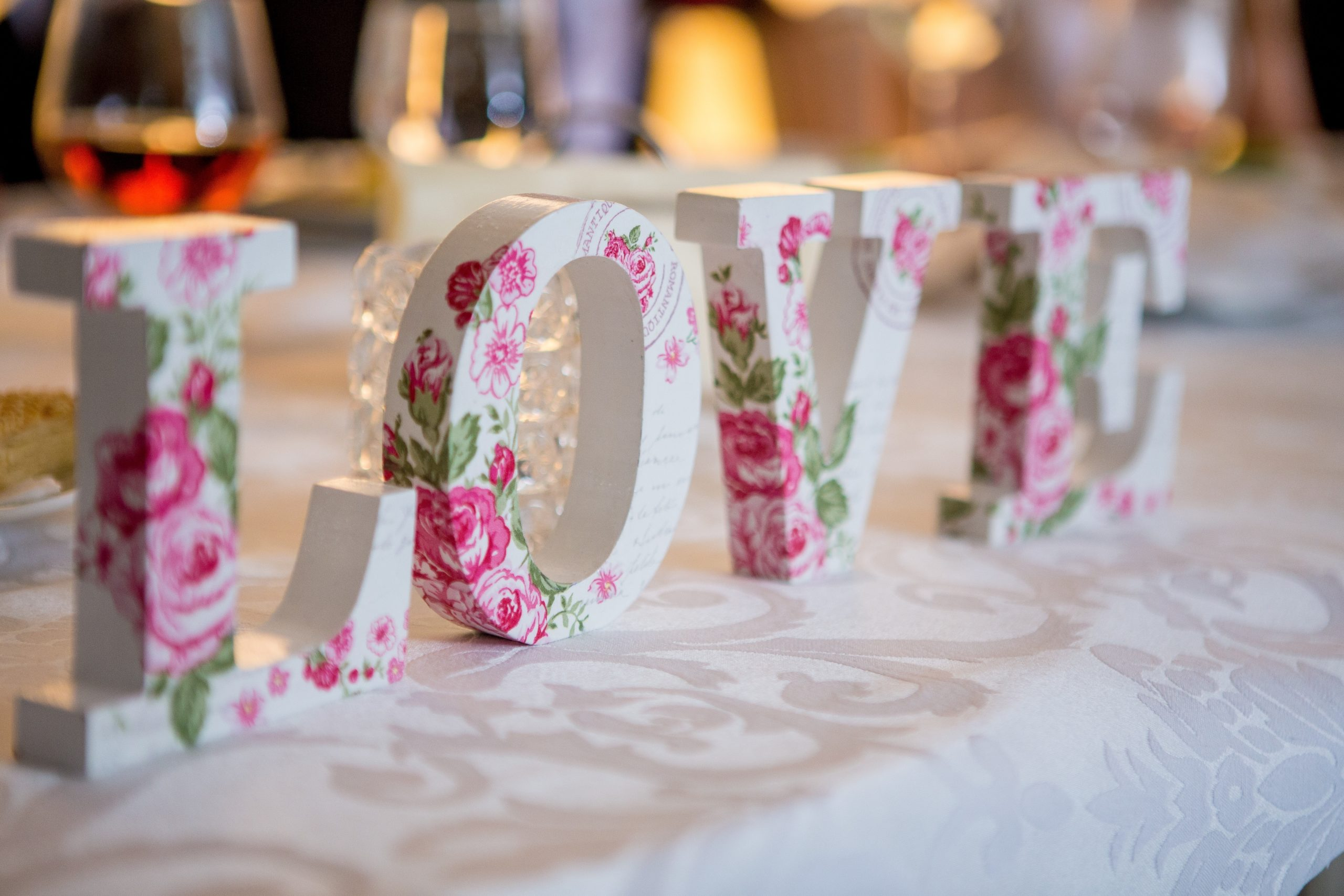 white-and-pink-floral-freestanding-letter-decor-949586